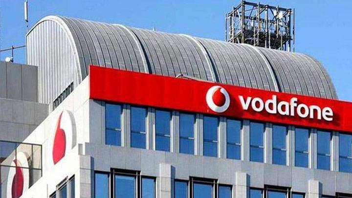7ps on vodafone services india Service marketing triangle of vodafone  service marketing triangle of vodafone, how can i imply services marketing triangle on allied bank  india it operates .